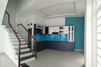 Cần bán gấp nhà đường 18 Phạm Văn Đồng cạnh Gigamall