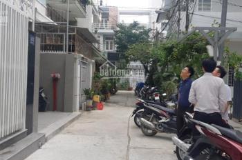 Cho thuê căn hộ đầy đủ nội thất, khu phố Hùng Vương, Nha Trang, giá chỉ 8tr/tháng
