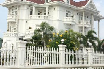 Cho thuê biệt thự 4 phòng đầy đủ nội thất, gần BigC 22 triệu/th (Miễn trung gian)