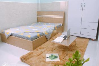 Phòng đây đủ tiện nghi ngay Nơ Trang Long, gần ngã tư Phan Văn Trị, 4tr8/th, 18m2