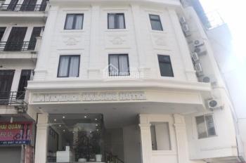 Bán khách sạn 11 tầng, trung tâm Vườn Đào, Bãi Cháy, Hạ Long, Quảng Ninh 42 phòng. LH 0983481666