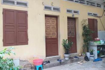 Chính chủ cần bán gấp: 1 nhà 53m2, 1 nhà 33m2, sổ đỏ, số 15, ngõ An Sơn, Đại La, Hà Nội