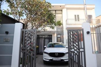 Cần bán nhà hẻm 322 Huỳnh Văn Lũy, 1 trệt 1 lầu, 3 phòng ngủ, full nội thất cao cấp, LH 0975595679