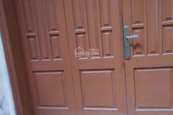 CC bán nhà Lương Văn Can, Hà Đông, DT 40m2x2,5T, ô tô đỗ cách 5m, ngay sân bóng, chợ, LH 0359226986