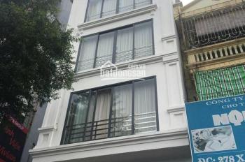 Cho thuê nhà mặt phố Trần Quốc Toản, DT 30m2 x 1 tầng, MT 3m, giá liên hệ Ngọc Hiếu 0974739378