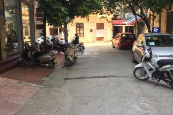 Bán nhà Cầu Giấy, Nguyễn Khánh Toàn 55m2 x 5T, gara tô ô, 6,2 tỷ, MT: 5,5m. Ngõ thông ô tô đi