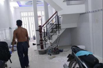 Cần cho thuê nhà hẻm 10m có lề Tân Sơn Nhì 4x20m, 1 lầu, giá rẻ 13tr/tháng LH 0919992812 Mr Nhớ