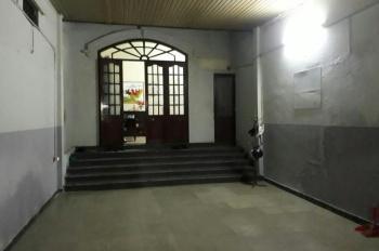 Nhà cho thuê 1 trệt, 1 lầu, TDT: 200m2, 3PN, 1PK, 01 bếp, 3 wc, 71 Ngự Bình, P. An Cựu, TP. Huế