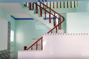 Bán nhà sổ chung 1 trệt 1 lầu trong hẻm Tân Phước Khánh 42