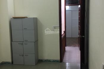 Cho thuê nhà Hoàng Cầu - Võ Văn Dũng, 50m2 xây 4 tầng, 8 phòng, 15 tr/th, LH 0389930126