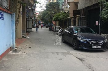 Chính chủ bán 207m2 đất ngõ to 180 Hoàng Quốc Việt