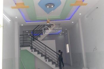 Kẹt tiền bán nhanh nhà hẻm đường Hậu Giang, Q. 6, DT 4.2m x 12m, 2 tầng, giá 3.3 tỷ (TL)