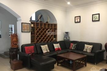 Cho thuê nhà 8x18m hẻm xe hơi đường Phổ Quang, Tân Bình. LH: 0919.83.62.67