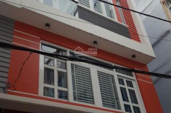 Nhà mới ở liền trệt, 2 lầu đúc, DT: 40m2 = 4 tỷ, đường Nguyễn Du, Gò Vấp