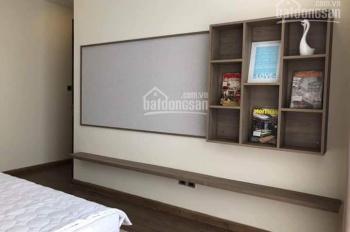 Cho thuê ngắn hạn căn hộ Vinhomes Central Park nội thất ngoại nhập cao cấp