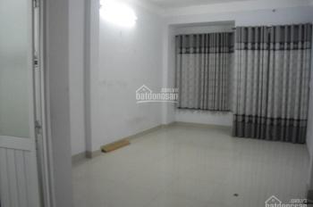 Cho thuê văn phòng mặt phố Trường Chinh, Hà Nội, làm showroom, văn phòng, 200m2, 30 triêu