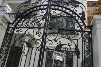 Cho thuê nhà phố Hai Bà Trưng, 70m2, MT 4.5m, thuê 4000$, LH 0944093323