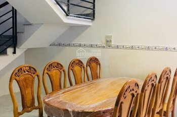 Cần bán gấp căn nhà phố đi nước ngoài đường Lê Văn Phan, DT 5x20m, liên hệ xem nhà 0933242715