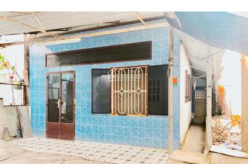 BÁN NHÀ CỦ - MẠC THIÊN TÍCH (Phía 30/4 rẻ về Nguyễn Việt Hồng- nằm đối diện trường ĐH FPT)