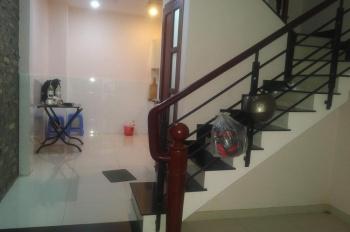 Chính chủ xuất cảnh cần bán gấp nhà 1 trệt 3 lầu, có sổ hồng đường Trần Hưng Đạo - Quận 1