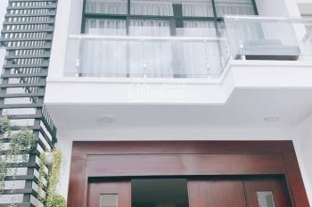 Bán gấp nhà đường 74 Phước Long A quận 9 DT: 5.6x24m, nhà mới, full nội thất cao cấp giá chỉ 15 tỷ