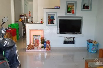 Bán nhà 1 lầu đường Tân Liêm, xã Phong Phú, Bình Chánh, sổ hồng riêng, 133m2, 3 tỷ. 0933323533