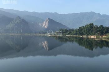 Bán 4000m2 đất mặt hồ Đồng Chanh, Lương Sơn, giá 1 triệu/m2. LH: 0988168636