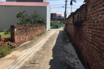 Bán đất Vân Nội, DT 45m2, MT 4m. Giá: 1,4 tỷ.