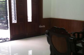 Cho thuê nhà nguyên căn giá rẻ 2 MT hẻm 4m 1 sẹc đường Cây Trâm, P9