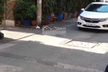 Bán nhà hẻm xe hơi thông đường Huỳnh Mẫn Đạt - 3 mặt tiền. 3,3x13m, giá chỉ 6 tỷ
