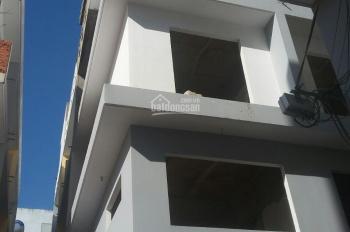 Nhà phố 1 lửng, 2 lầu + sân thượng, 1,9 tỷ. LH: 0766.953.950