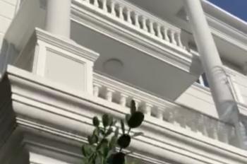 Cho thuê biệt thự mặt tiền đường Nguyễn Văn Hưởng Quận 2, đẹp sang nhất KV, giá 100 triệu/tháng