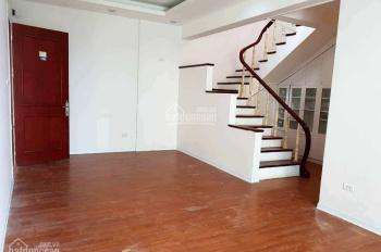 Bán căn hộ penthouse tại CT1 Trung Văn, DT 174m2, 2 tầng, có sân thượng rất thoáng (0981117158)