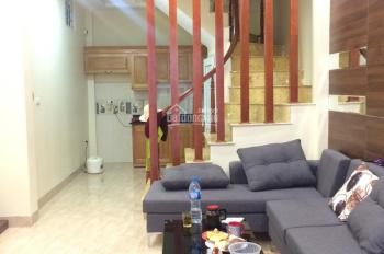 Bán nhà ngõ Gốc Đề, Minh Khai, Hai Bà Trưng 40m2x5T ô tô đỗ cổng, nhà mới chắc chắn giá 3 tỷ