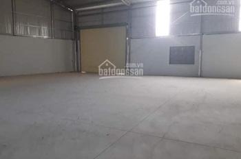 Cho thuê nhà xưởng DT 1200m2 ngay khu CN Quế Võ xưởng rộng rãi, LH 0972.028.436