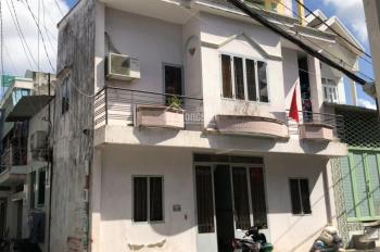Bán nhà 2 mặt tiền hẻm Huỳnh Tấn Phát, quận 7, thuận lợi kinh doanh