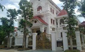 Bán biệt thự Linh Đàm, gần mặt phố, 3.5 tầng, diện tích 200m2, liên hệ: 0985.765.968 (Mr Minh)