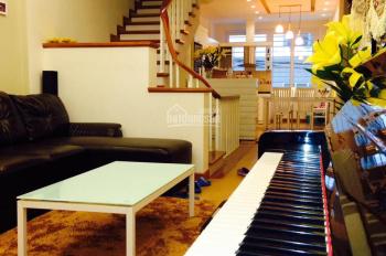 Cho thuê nhà phố Võng Thị 50m2, 5 tầng, full nội thất 15tr/th