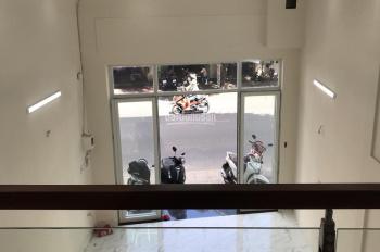 Duy nhất! Bán nhà mặt tiền đường Hàn Hải Nguyên, Ba Tháng Hai, Q11, 4.6x16m, nhà mới 4 tầng