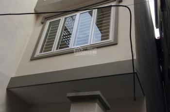 Cần bán nhà phố Tân Mai, Hoàng Mai, HN, 62m2 * 4 tầng, nhà mới, giá 4,79 tỷ có bớt, 0986592345