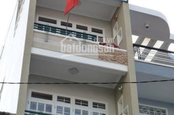Cần cho thuê khách sạn 5 tầng, có 13 phòng, đường Hùng Vương, ĐT: 0961118116 or 0944436239