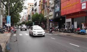 Bán nhà mặt tiền Lê Văn Huân, DT 4 x 19m, trệt + 3 lầu + ST, đang cho thuê 25tr/tháng