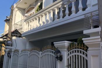 Có ai muốn mua nhà đẹp 98m2 giá rẻ? Nhà cách sân bay 15 phút. LH 0909739298