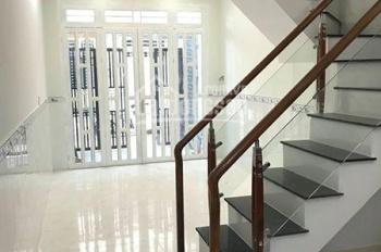 Cần tiền bán gấp nhà HXH Âu Dương Lân, P. 3, Q. 8, DT: 3,5mx14m, 1 lầu, 2PN, giá 4,3 tỷ (TL)