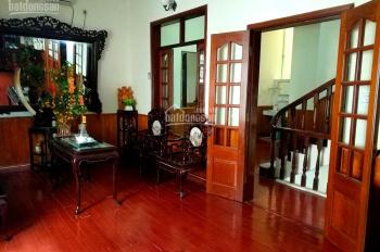 Bán nhà riêng 366 Ngọc Lâm, Long Biên. Diện tích 70m2, nhà cực đẹp hiện đại. LHCC 0971032966