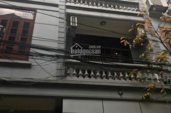 Tasaland cho thuê nhà riêng Lạc Trung 40m2 x 4 tầng, ô tô đỗ cửa, chỉ 13 tr/th