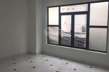 Bán nhà đẹp xây mới ngõ 143 phố Nguyễn Chính - Q. Hoàng Mai, 31m2 x 5 tầng, chỉ 2,5 tỷ có TL