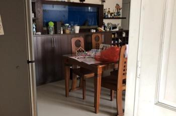 Cho thuê chung cư SCREC TOWER Q3 - 3 phòng ngủ , 14 triệu ( 0907278194 )