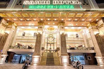 Chính chủ bán khách sạn mặt phố Cửa Đông, Lý Nam Đế, Hoàn Kiếm 135m2,8 tầng, MT 5,5m, giá 90 tỷ