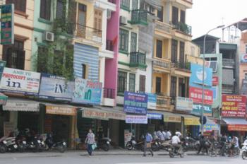 Cần cho thuê gấp nhà ở Hàn Thuyên, vị trí đắc địa, 30m2, 2 tầng, mặt tiền 4m. Mr. Quyền: 0977130622